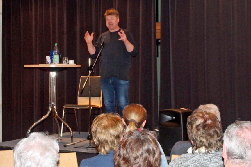 Plattdeutsche Geschichten: Von Stringtangas bis Intimrasur
