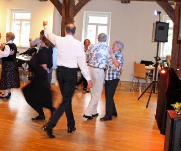Bild vom Tanztee